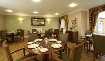 Spacious dining area at Water Mill House